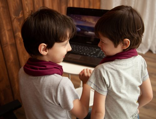 ¿Cómo orientar a mi hijo en el uso y cuidados en internet?
